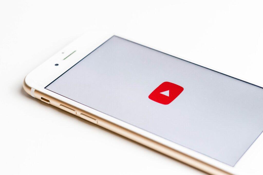 Como criar um canal no YouTube para Empresas: Em 7 passos